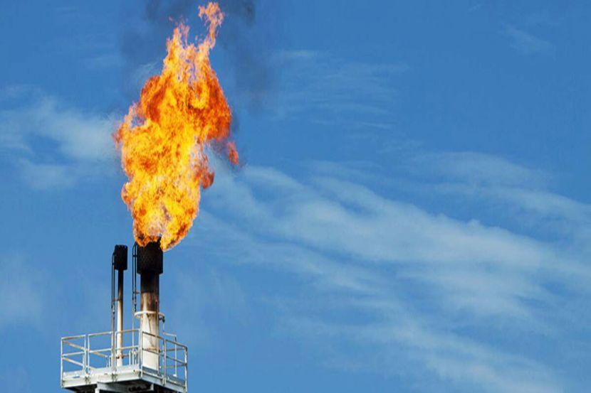 """""""Газпром"""" потерял более 100 миллиардов рублей"""