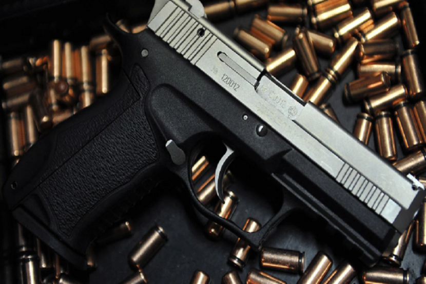 В РФ предлагают учитывать медосмотры охранников для получения разрешения на оружие