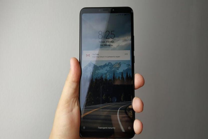 Один из смартфонов Xiaomi значительно подешевел