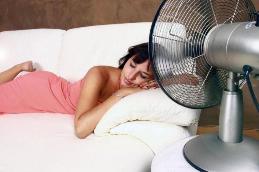 Российский врач рассказала о проблемах со сном из-за жары