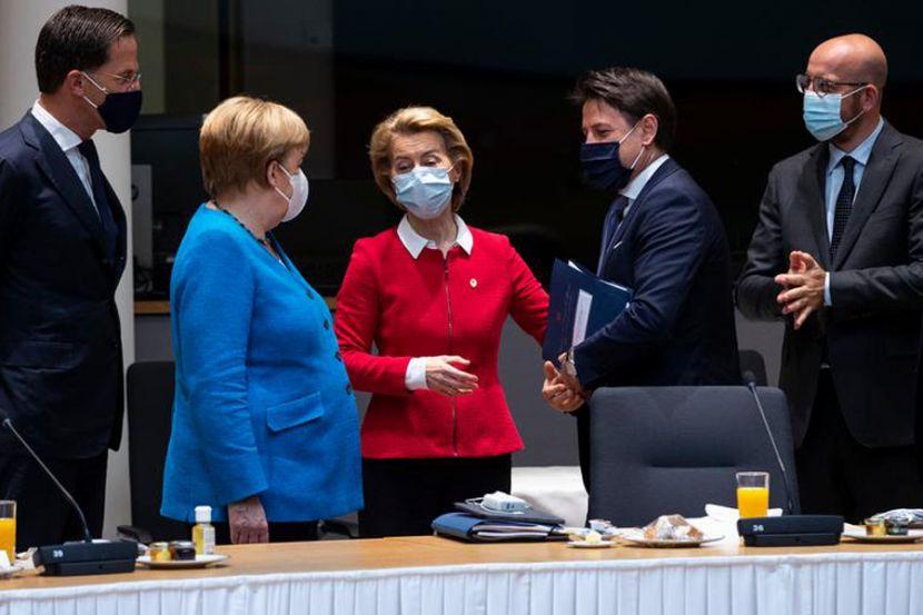 В Евросовете предложили выделить 450 миллиардов евро наиболее пострадавшим от COVID-19 странам