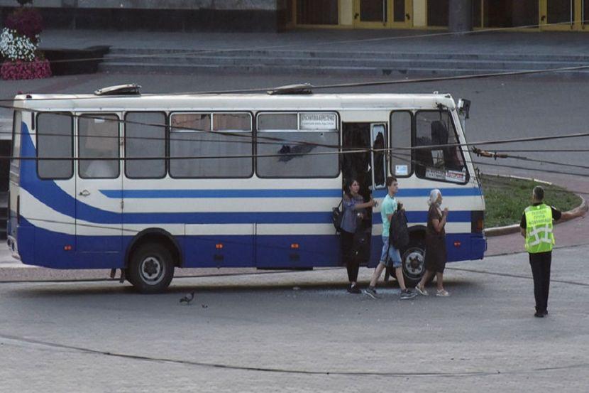 Зеленский выполнил требование захватившего заложников в автобусе