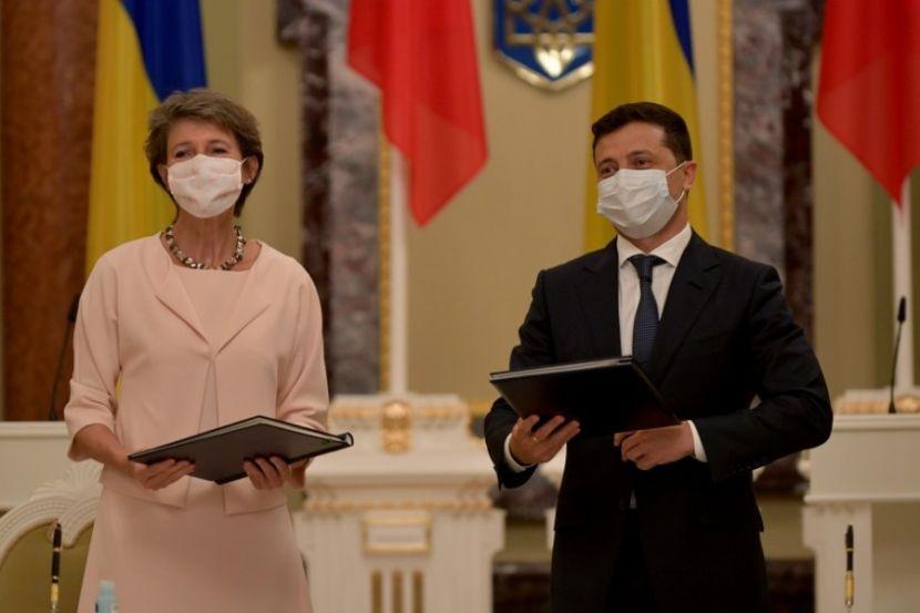 Presidents of Ukraine and Switzerland Visit Donbass