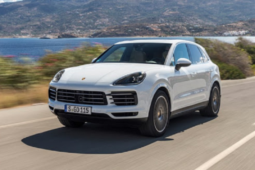 В России отзывают более 600 Porsche Cayenne