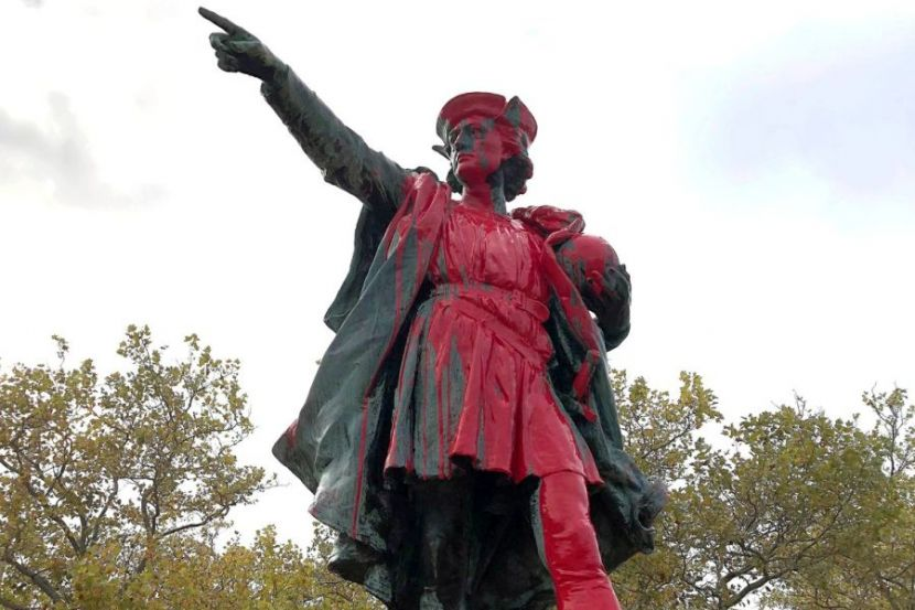 Monument to Christopher Columbus Was Dismantled in Chicago