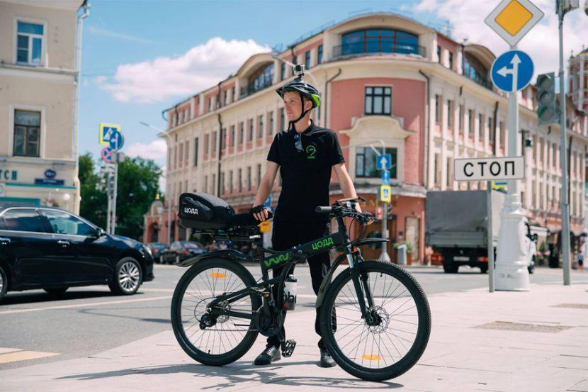 За порядком на дорогах Москвы стал следить велопатруль