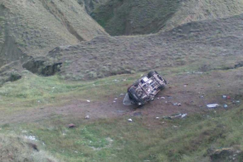В Дагестане грузовик сорвался с обрыва. Пострадали 5 детей