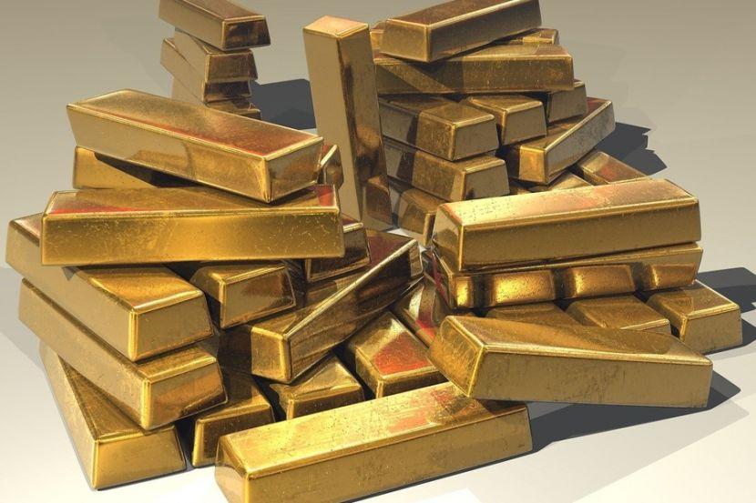 Цена на золото поставила исторический рекорд