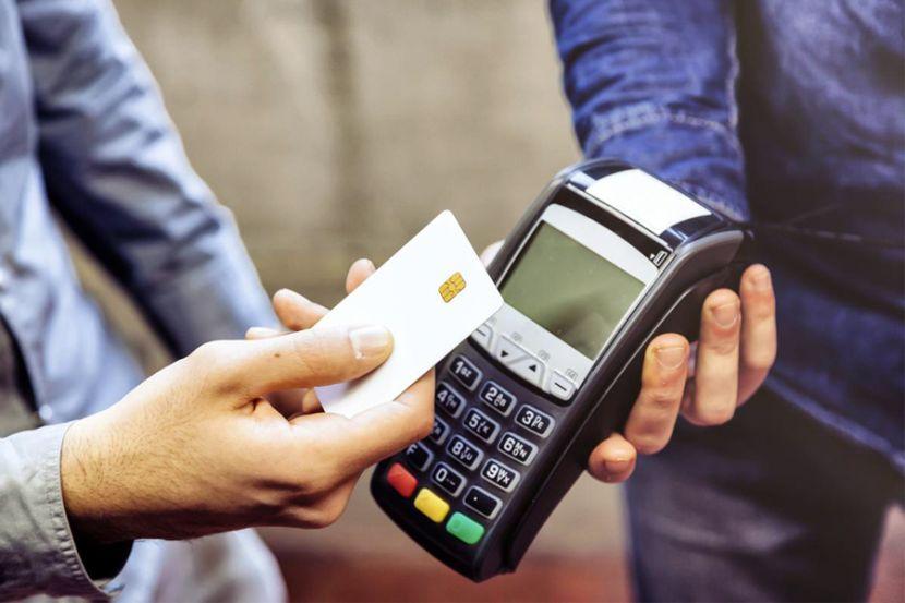 Из-за проблем с интернетом жители Белоруссии не могут платить банковскими картами
