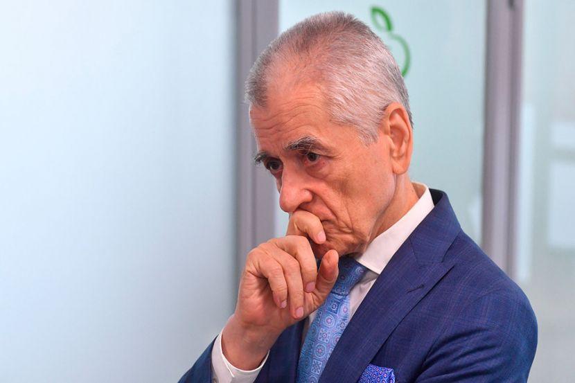 Онищенко не согласился с прогнозами течения коронавируса осенью