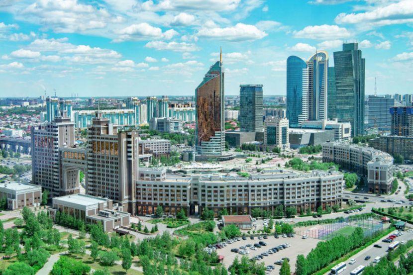 """США вознамерились развивать в Казахстане """"американские уголки"""""""