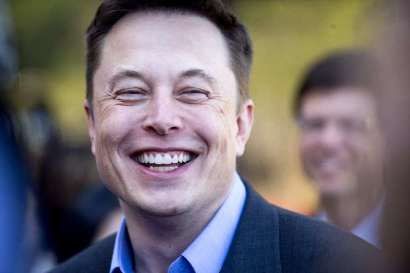 Дизайнеры компании Tesla поработают над космическими кораблями