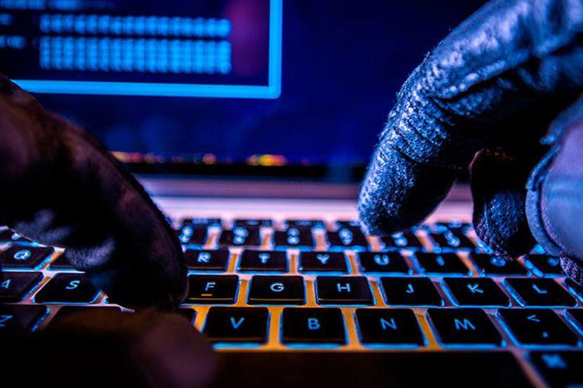 Хакеры взломали 9 000 учётных записей на сайтах госуслуг в Канаде
